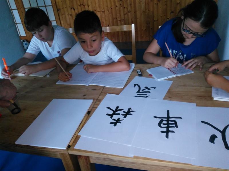 Çocuklar Japonca Öğrendi